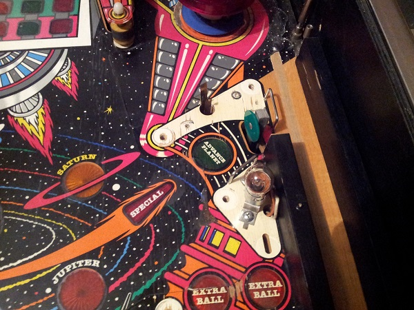 Pinbot advance planet playfield clean