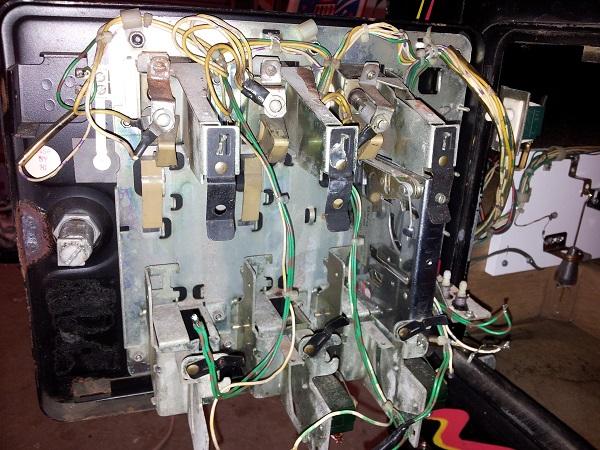 Pinbot coin door inside start