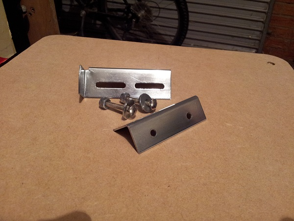 Pinbot door latch