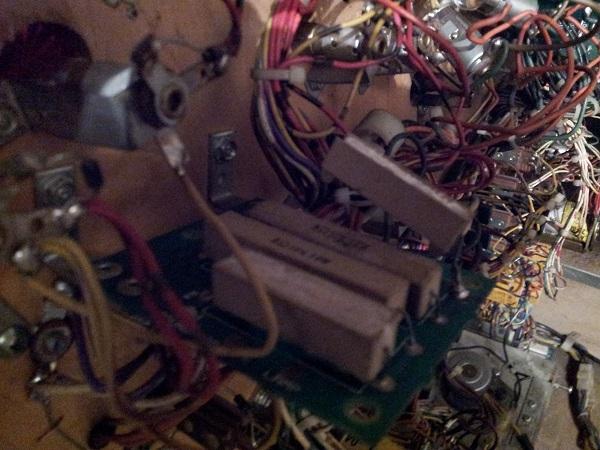 Pinbot  lamp resistor