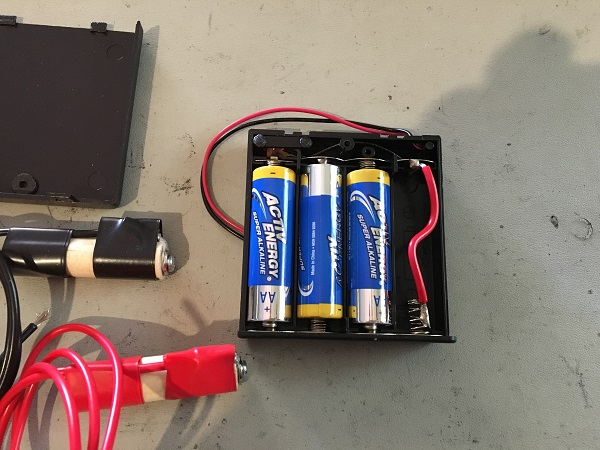 Pinball remote battery pack